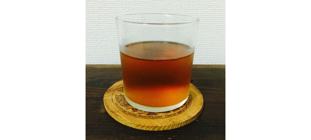 A cold glass of Mugicha